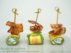 Rotolini di zucchine con parmigiano e bacon croccante