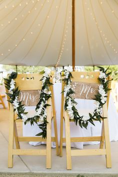 Photography : Jasmine Lee Photography | Venue : Cornerstone Gardens Read More on SMP: http://www.stylemepretty.com/california-weddings/sonoma/2015/09/01/rustic-romantic-summer-wedding-at-cornerstone-gardens/