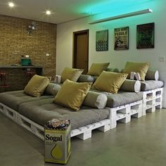 We've featured pallets in various ways before, but this theatre setting is about as good as it gets. What do you think?