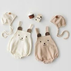 Baby Bear Overalls Bodysuit and Hat - Kinder Ideen Baby Bloomers, Baby Girl Romper, Baby Girl Headbands, Boho Outfits, Camilla, Nylons, Headband Station, Baby Club, Storing Baby Clothes
