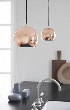 DESIGN STUFF - FRANDSEN Ball Pendant Lamp Copper. Sconces : https://www.designstuff.com.au/brand/frandsen/frandsen-ball-wall-lamp-copper.html