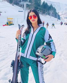 Ananya Pandey Biography - Career, Height, Age, Boyfriend, Unknown Facts & More - BuzzzFly Cute Images, Cute Pictures, Sr K, Hottest Pic, Bollywood Stars, Beautiful Indian Actress, Latest Pics, Hd Photos, Indian Beauty