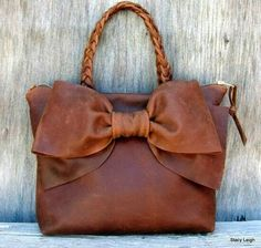 Isnt this Fabulous? :D Fashion for Modern Women: Leather Bow Bag by Stacy Leigh