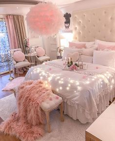 35 Classy Home Deco Styles for Your Living Room Kitchen and Bathroom - The First-Hand Fashion News for Females # Bedroom Decor For Teen Girls, Cute Bedroom Ideas, Cute Room Decor, Girl Bedroom Designs, Room Ideas Bedroom, Girly Bedroom Decor, Pink Bedroom Design, Rose Bedroom, Master Bedroom