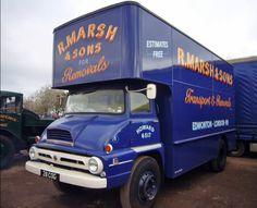 Ford Thames Trader Removal Van Vintage Vans, Vintage Trucks, Bedford Truck, Old Lorries, Train Truck, Classic Trucks, Classic Cars, Heavy Machinery, Classic Motors