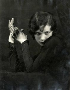 "1920's hair Ottilie Ethel Leopoldine ""Tilly"" Losch, Countess of Carnarvon"