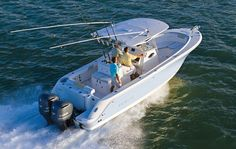 Enjoy water activities by making use of yachts. Luckily, when buying yachts, individuals can find affordable yachts from reliable suppliers. Luxury Yachts For Sale, Yacht For Sale, Boats For Sale, Water Activities, Power Boats, Uae, Best Sellers, Times, Happy