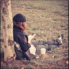 reading :)    http://bücher-online-lesen.de/wp-content/uploads/2012/02/Jugendbücher-online-lesen.jpg