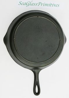 """Vintage Unmarked Lodge No 8 Large 10 3/4"""" Cast Iron Three Notch Skillet Fry Pan…"""
