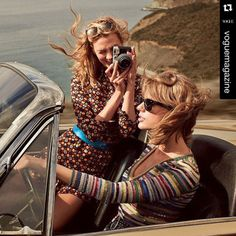 Taylor Swift & Karlie Kloss Are 'Vogue' Cover Models Together!: Photo Taylor Swift and Karlie Kloss are picture perfect together on Vogue's March 2015 cover. The BFFs chatted with the mag about how they met (through friend Lily… Karlie Kloss Taylor Swift, Taylor Alison Swift, Thelma Et Louise, Elle Mexico, Photo Vintage, Mode Jeans, Vogue Us, Mode Editorials, Fashion Editorials