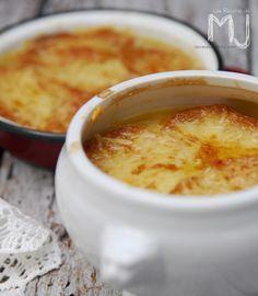 Sopa de cebolla gratinada / Onion soup au gratin