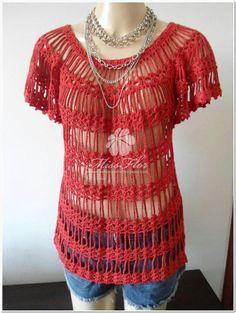 Loose top with pattern by Noemi Fonseca. http://perolasdocrochet.blogspot.com.br/2012/11/blusa-em-croche-modelo-verao.html