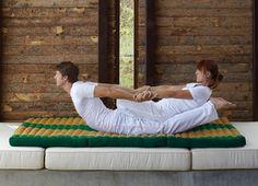 Miss Thai Massage Thai Yoga Massage, Massage Tips, Massage Benefits, Massage Room, Massage Therapy, Acupressure Treatment, Acupuncture, Mobile Massage, Partner Yoga