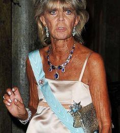 Princesa Brigittia of Sweden , with the romanov sapphires necklace