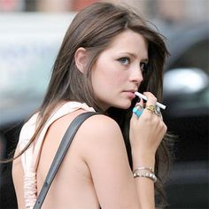 Electronic Cigarette Price In India   Best Price Shop Electronic Cigarette in Delhi India Buy Online E Cigarette, Smoke free Electronic Cigarette from Electronic Cigarette Dealers Store in Delhi. Get More Detail>> http://www.ecdelhi.com