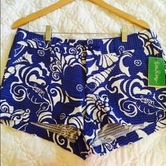 SALE PRICE! Lilly Pulitzer The Walsh Short NEW WITH TAGS. Perfect condition. Lilly Pulitzer Shorts
