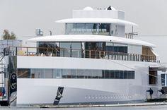 Steve Jobs mega-yacht Venus