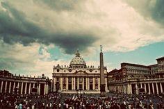 St. Peter's Square, Rome, Italy #Roma #Italia