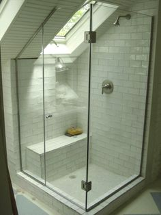 you can create a tiny bathroom that looks spacious and elegant. - Badezimmer - - you can create a tiny bathroom that looks spacious and elegant. Glass Shower Doors, Bathroom Red, Small Bathroom Decor, Shower Doors, Loft Room, Mold In Bathroom, Tiny Bathroom, Loft Bathroom, Frameless Shower Enclosures