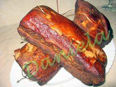 Daniela, bucatarie moldo-ardeleneasca: Cotlet de porc afumat - varianta pastrama Pickling Cucumbers, Romanian Food, Smoking Meat, Pickles, Ale, Sausage, Bacon, Food And Drink, Pork