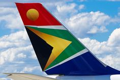 South African Airways Airbus ZS-SNE Loved working on this aeroplane! South African Flag, African Love, Airline Logo, Best Airlines, Air Photo, Welcome Aboard, Commercial Aircraft, New South, My Land