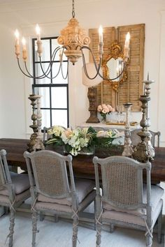 Beautiful French Country Dining Room Ideas (19)