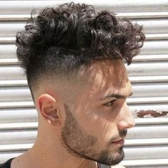 Curly Undercut: 30 Modern Curly Haircuts for Men - Men's Hairstyle Tips Curly Undercut, Messy Curly Hair, Boys With Curly Hair, Haircuts For Curly Hair, Curly Hair Cuts, Undercut Hairstyles, Curly Hair Styles, Short Hair, Hairstyles Videos