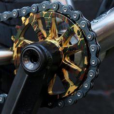 LTD EDT camo Member sprocket and cranks on our recent SOS custom build. Hit the site to see the rest of this rad custom. Bmx Bike Parts, Bmx Bicycle, Mtb Bike, Vtt Dirt, Bmx Cranks, Bmx Mountain Bike, Bmx Pro, Bmx Sprocket, Sportbikes