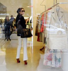 Victoria Beckham: The Shoes Have It « Kickette.com – Soccer/football gossip, hot players, WAGs that love them