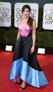 El desfile de los Globos de Oro  Sandra Bullock | Revista Ellas | Panamá
