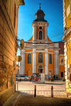 cluj napoca Eastern Europe, Homeland, Just In Case, Places Ive Been, Travelling, Beautiful Places, Road Trip, Castle, Mansions