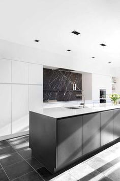 Kitchen Cabinet Design, Kitchen Cabinetry, Interior Design Kitchen, Clever Kitchen Ideas, Best Kitchen Designs, Home Decor Kitchen, Home Kitchens, Traditional Dining Rooms, Traditional Kitchens