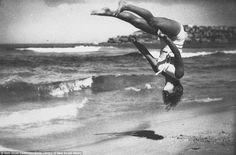Peggy Bacon, Beachobatics on Bondi Beach