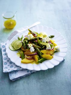 Unser beliebtes Rezept für Spargel-Mango-Salat und mehr als 55.000 weitere kostenlose Rezepte auf LECKER.de.