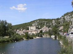 A la découverte de Vogüé (Ardèche) - Rando77