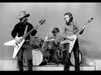 early zz top rare photos of music celebrities 2 pinterest zz top greatest rock bands and. Black Bedroom Furniture Sets. Home Design Ideas