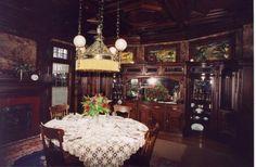 Moss Mansion dining room