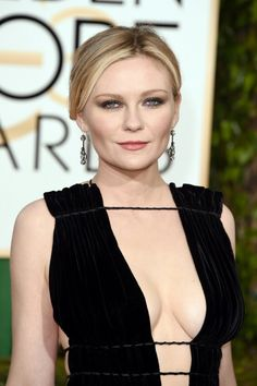 Kirsten Dunst stunning cleavage display at the Golden Globes 2016