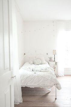 little girls white #vintage bedroom