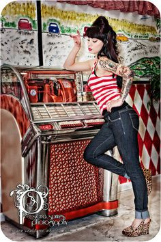 I love this pin up session and those shoes! ♥ Photo Session Ideas | Props | Prop | Senior Photography | Seniors | Pose Idea | Poses | Seniors