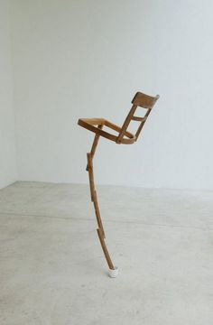 Jaime Pitarch is turning everyday objects in artworks through his artistic vein. He was born in 1963 in Barcelona, Spain, and lives and works there.