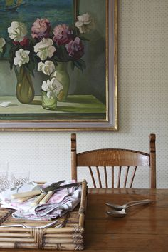 Detail of a Hampshire dining room by Frances Horn