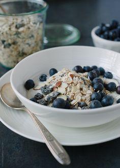 Blueberry Muesli | www.kitchenconfidante.com  A healthy start to the day! #breakfast