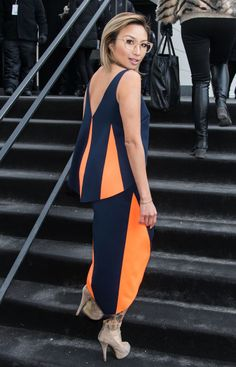 We recognize the most frozen people on the streets at fashion week, including Jeannie Mai. Bold Fashion, Fashion Models, Fashion Looks, Modest Outfits, Cool Outfits, Jeannie Mai, Aesthetic Clothes, Aesthetic Outfit, 2 Piece Outfits