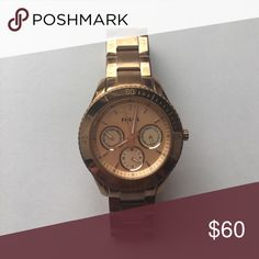 Rose Gold Fossil Watch Beautiful rose gold Fossil watch! Fossil Accessories Watches
