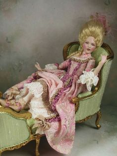 doll by Terri Davis Victorian Dolls, Victorian Dollhouse, Dollhouse Dolls, Miniature Crafts, Miniature Dolls, Pretty Dolls, Beautiful Dolls, Doll House People, Half Dolls