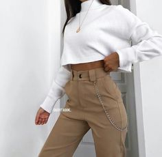 everyday outfits for moms,everyday outfits simple,everyday outfits casual,everyday outfits for women Mode Outfits, Teen Fashion Outfits, Cute Fashion, Fall Outfits, Summer Outfits, Fashion Mode, Runway Fashion, Vintage Outfits, Retro Outfits