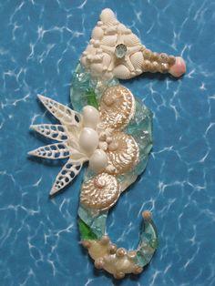 Seahorse Wall Decor, Seahorse Shell Art, Beach Decor, Seashell Seahorse, Coastal Decor, Nautical Decor, Blue Sea Glass Seahorse Wall Hanging