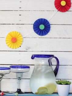 Celebrate Cinco de Mayo with an easy pinwheel garland from  Krista at The Happy Housie @happyhousie