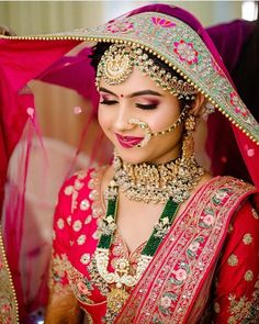 Indian Bridal Photos, Indian Bridal Outfits, Indian Bridal Wear, Indian Wear, Indian Wedding Couple Photography, Indian Wedding Bride, Bride Photography, Bridal Makeup Images, Bridal Makeup Looks